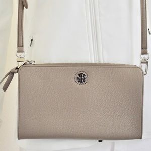 TORY BURCH PEBBLED LEATHER CROSSBODY BAG